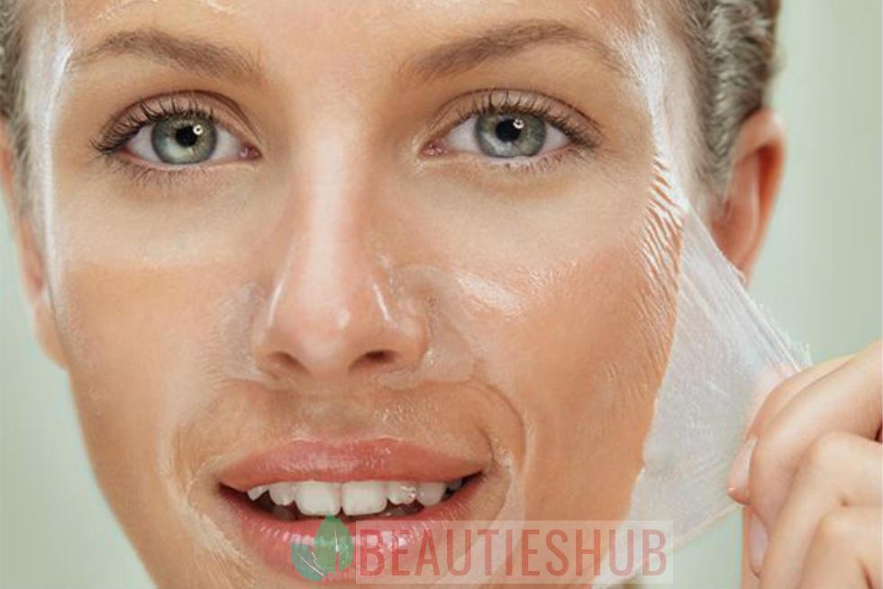 أسباب قشرة الوجه